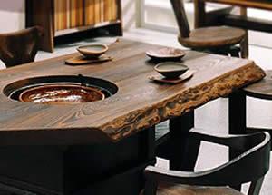 桐の囲炉裏テーブル